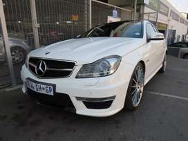 MERCEDES-BENZ C63 AMG COUPE  R499,900
