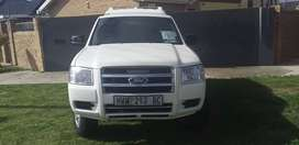 2009 Ford Ranger 2.5 D with canopy R120,000.00neg.