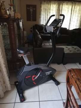 TROJAN ELITE 3000 EXERCISE BIKE