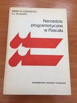 Narzędzia programistyczne w Pascalu P. Plauger, B. Kernighan