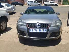 2009 Volkswagen Golf 5 2.0 sunroof with leather seats