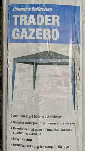 Gazebo: Brand new, still sealed in box. Never used! Accessories incl!!