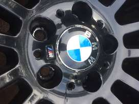 """BMW X5(E70) 20"""" OEM Wheels and Tyres"""