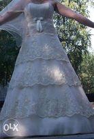 Срочно продам красивое свадебное платье