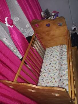 Baby wooden cot with bottom draw