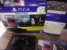 Ps4, black, 500gb, 4 months old