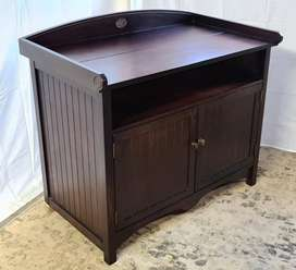 Weatherly's Solid Wood Compactum