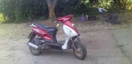 Selling scooter 125 cc