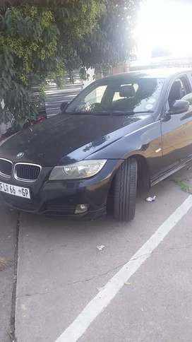 Im selling my bmw 3 series the car is in exellent condition