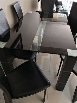6 seater glass dining table