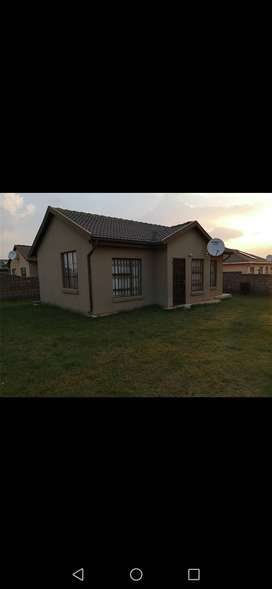 3 BEDROOM HOME FOR SALE IN DAWN PARK