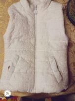 желетка белая (Италия) + гольф в подарок