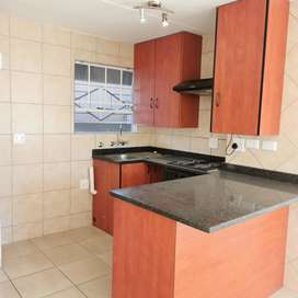 2 bedroom ground floor apartment available emmedietly for rental.