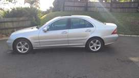 Mercedes Aventgarde... 240 C.excellent condition. Women driven.