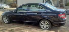MERCEDES-BENZ C180 AUTOMATIC IN EXCELLENT CONDITION