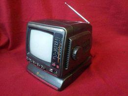 Мини телевизор+AM-FM тюнер.