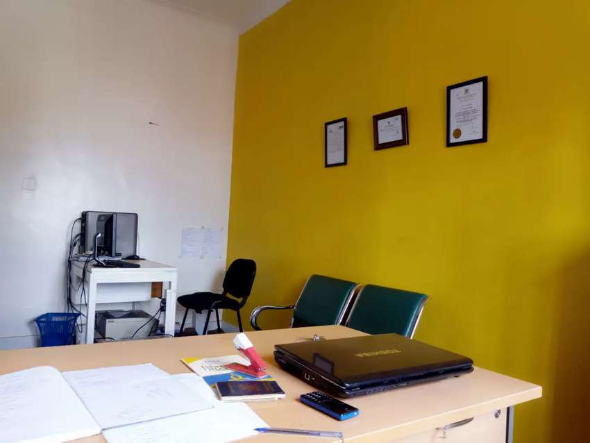 Shared Office Space 0