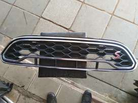 Mini Cooper. S front up & down grill