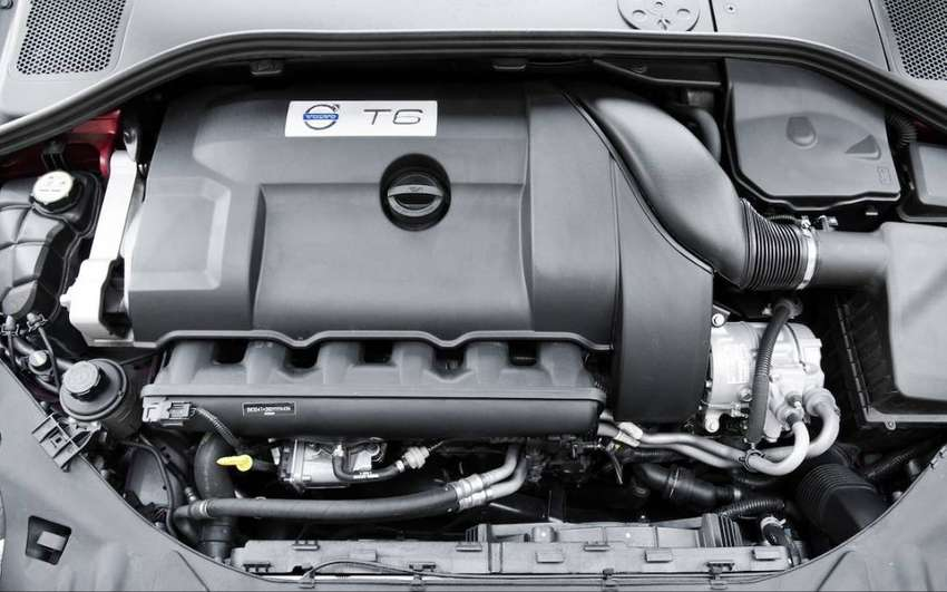 Volvo s60 Engine 0