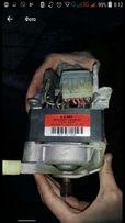 Двигатель стиральной машинки Whirpool Awt 2290