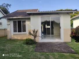 2 Bedroom House for Rent in Complex