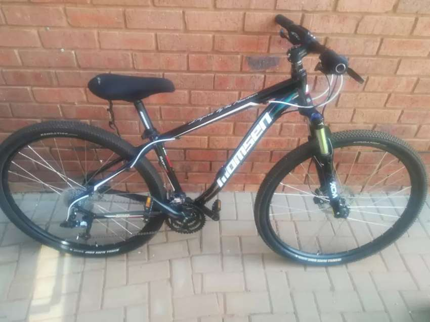 "Momsen XCM 29"" bicycle 0"