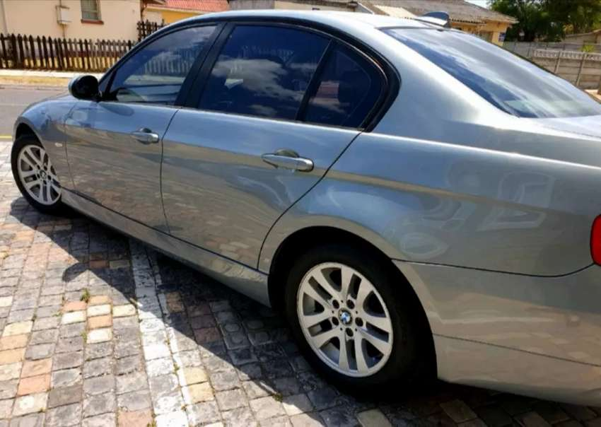 Bmw e90 pre face and facelift stripping for spares 0