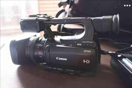 Canon XF 100 Kit with Rode NTG2