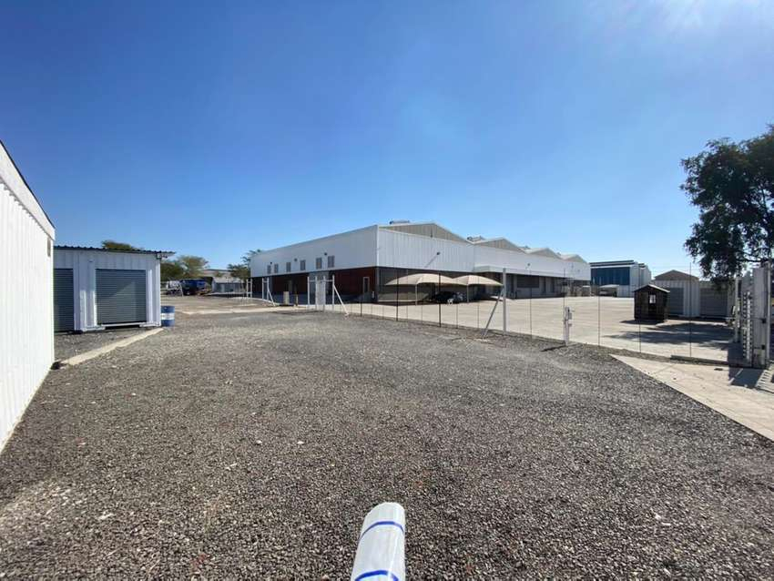 Self storage facility ,warehoues on big piece of land 0