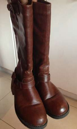 Girls 100% leather boots/2