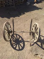 Деревянные колеса с осью на тачку.