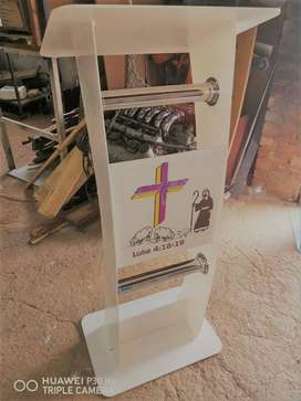 Beautiful Colored Acrylic Perspex Stand