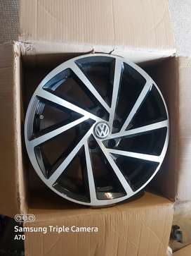 Vw rims only