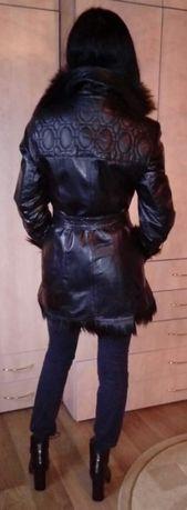 Продается пальто из лакированной кожи. Макеевка - изображение 3