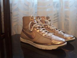 Ботинки,кеды фирменные брендовые nike