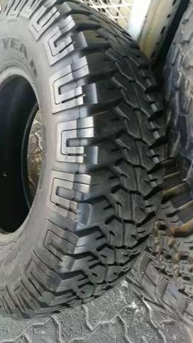 2×235/85/16 Good Year tyres for sale