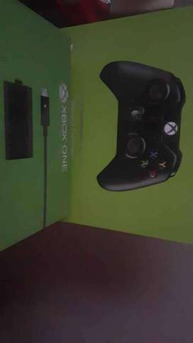 Xbox one Controller + Charging Kit