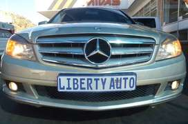 2010 Mercedes Benz C200 Class Kompressor AUTO Avantgarde LIBERTY AUTO
