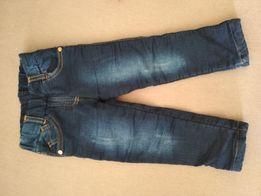 Продам тёплые джинсы для девочки
