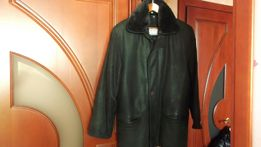 продам мужскую кожаную куртку осенне-зимнею