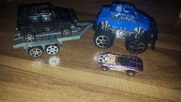 Autko z przyczepka laweta.2 dwa auta.