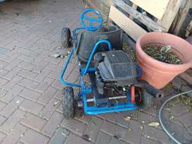 Brigs and stratton lawn mower engine go kart for sale