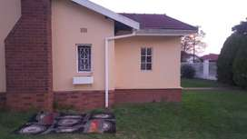Rooms to let in House