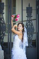 Продам свадебное платье и принадлежности. Покупателю бонусы)