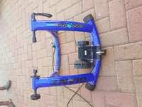 Image of Cycling indoor trainer Gaint