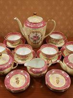 Немецкий чайно-столовый фарфоровый сервиз на 12 персон