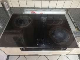 Whirlpool Hob and Oven