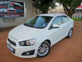 2015 Chevrolet Sonic 1.6i LS AUTOMATIC