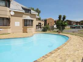 1 Bedroom Apartment / Flat For Sale in Oakglen, Bellville