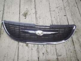 Chrysler Town and Country Front Grille 2001/2004